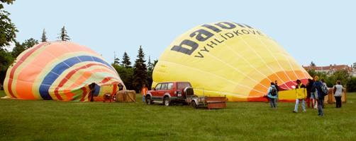 Příprava balónu k letu