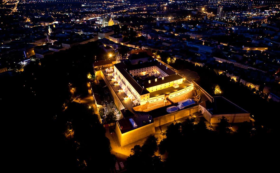 Fotoreportáž z nočního letu Brno–Rapotice