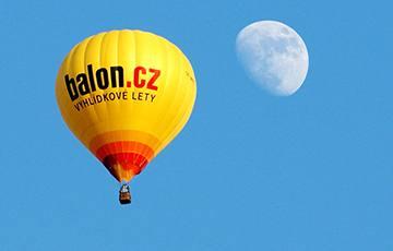 EXTRA let balónem